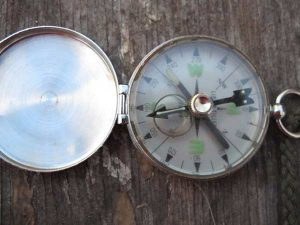 How to Determine Directions to North, South, East, and West With Out A Compass — Whether on a casual walk in the woods, hunting, or backpacking, it's easy to get turned around. Now you'll know which way is up, or at least which way is back towards home.