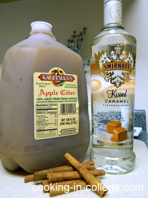 How To Make Hot Caramel Apple Cider