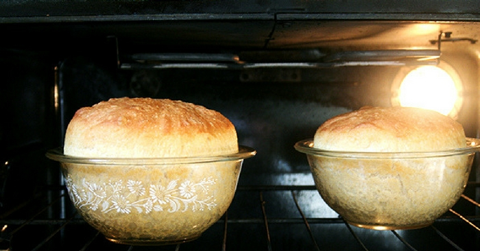 Peasant Bread: The Easiest Bread You Will Ever Make — Peasant bread is a no knead bread, I know some people hate no knead bread but this is not your typical no knead bread. It bakes in well-buttered pyrex bowls — there is no pre-heating of the baking vessels in this recipe.