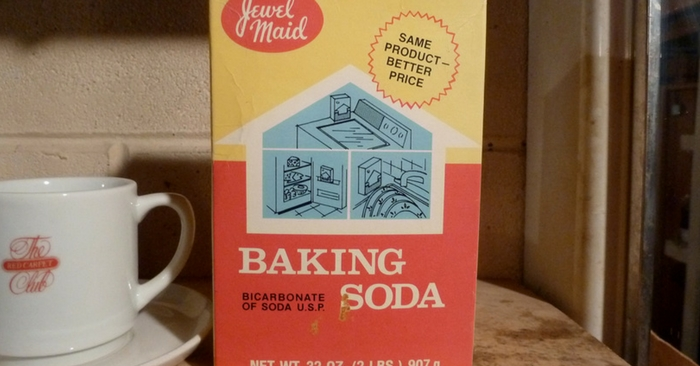 33 Surprising Baking Soda Uses & Remedies — You probably already know that Baking Soda is inexpensive and has many uses. But Ladies, did you know you can use it as a face exfoliator? Forget those expensive creams that contains trillions of plastic micro beads that are getting into our water supply, the fish we eat and that never dissolve.