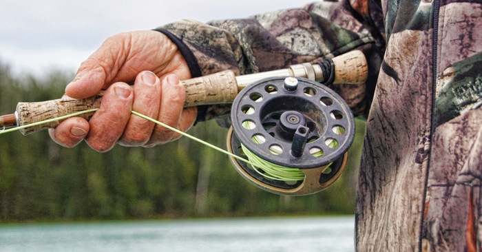 DIY Fishing Without Modern Gear - Effective