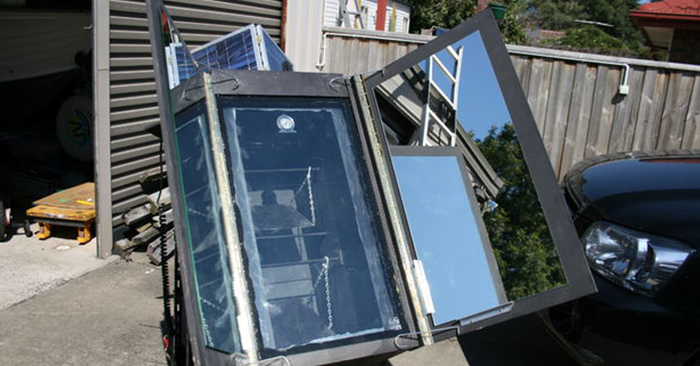 10 DIY Solar Oven Projects - All are pretty simple to make and they actually work really well. Use the power of the sun and have this FREE backup way of cooking even in the winter.