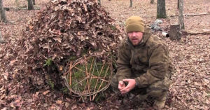 "How To Build a Debris Hut - The debris shelter has saved a lot of people from death, it is one of the best survival shelters there is. You do not need any materials from the ""man made world"" in order to keep warm."