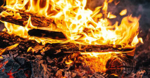 How To Make Fire With Chocolate And A Can - By using the chemical properties of the chocolate and aluminum, you can create a surface that will not only garner the sun's energy, it will concentrate it which can be focused on a flammable surface to then start a fire with.