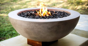 How to Make a Concrete Fire Pit Bowl - I stumbled on this cool looking bowl, I liked it because its cheap to make and because its so plain to look at it makes it beautiful.
