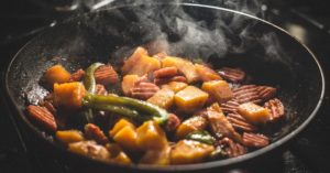 7 Primitive Cooking Methods You Still Need to Know Today - Did you know that there is more than one way to cook with fire? It Sounds silly and unnecessary but wait until you see these primitive cooking methods that would still work perfectly today!