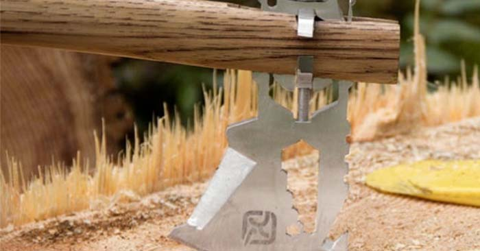 Turn Any Stick Into an Axe With This Multi-Tool Chopping Blade - Imagine you are camping or hiking maybe even the worst scenario, you are bugging out… You need to chop wood for a fire or shelter building but you have no heavy axe or knife to aid you in this… Well, don't panic, this is where the Klax comes in handy! It is flat, sharp and can fit on to any stick!