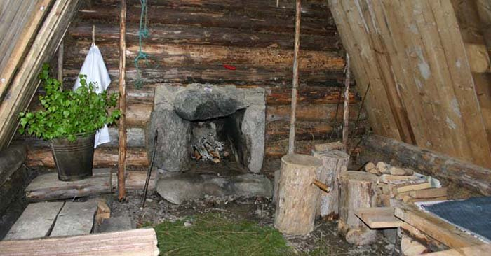 DIY Earth Sheltered Dwelling For Long Term Survival - This style of shelter is easy to build and maintain and because it is natural you won't need to spend a dime on it. These types of shelter can be easily hidden and camouflaged too.