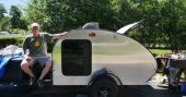 How To Make Your Own Aluminum Teardrop Trailer — For preppers who are looking for a mobile housing option of the DIY variety, an aluminum teardrop trailer is a great option. This compact, lightweight design is towable so it is much more economical than a large RV or a heavy conversion van.