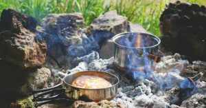 An Illustrated Guide to Cooking on a Campfire — There is nothing better than the smell of a campfire burning! There are endless uses for a campfire: a source of warmth, a way to dry clothing when camping, and one of the best uses – cooking.