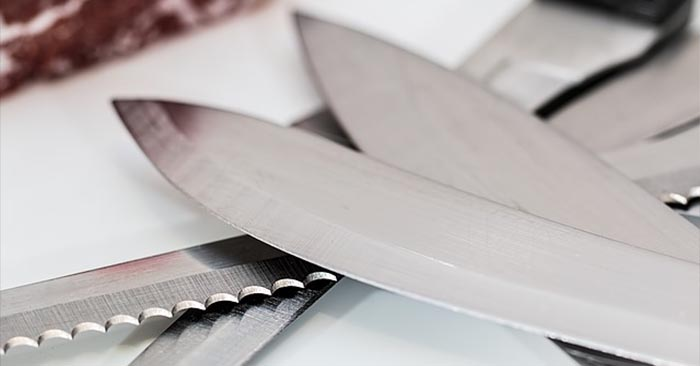 Serrated Vs Straight Edge Knives - If you are looking for a good utility knife, then one with a serrated edge is probably the better choice because they are better for slicing soft fruits, vegetables and other foodstuffs. The straight edge knives would best serve you as a weapon.