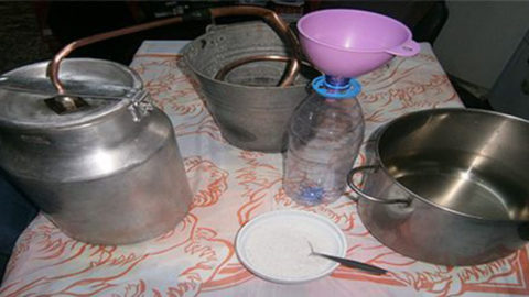How to Make Your Own Distiller at Home To Filter And Desalinate Water