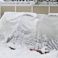 How To Make A Hoop House That Will Stand Up To Snow - Make a cold frame hoop house using concrete reinforcing wire mesh which is more robust than PVC, can withstand a greater amount of weight and is cheap!