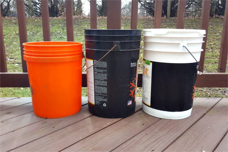The 5 gallon bucket is an incredible prepper's resource. If we can get our 5 gallon buckets free, then we're well on our way to self-sufficiency!