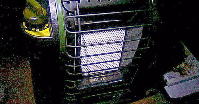 Battery Powered Heater for Emergency Heat? Probably Not - This article offers up some great solutions for people looking for answers to the portable heat issue. Nothing is going to be as safe as your HVAC system buy staying warm in your home is crucial.