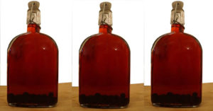How to Make Sloe Gin (Hands on Bushcraft) - Most of my life I only heard sloe gin referred to by mouth. I had no idea that it wasn't 'slow gin' until I was older. A sloe is like a small plum and they are at their very best when picked after the first frost. The beauty of this little mix is that it takes but one ingredient. While gin doesn't have to be used you are basically infusing a grain alcohol with the sloes.
