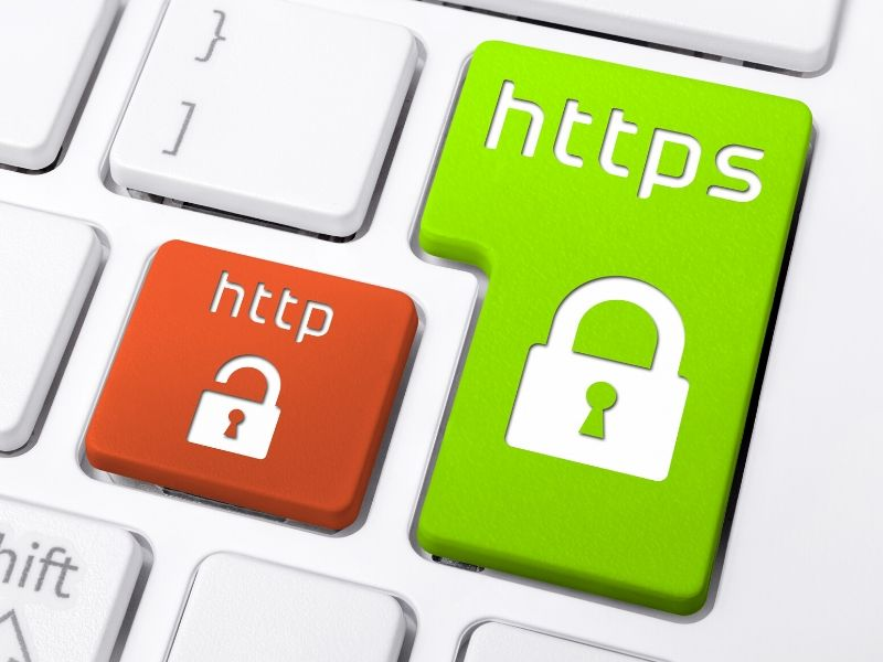 Red button for http and green button for https: choose greeen for online data safety