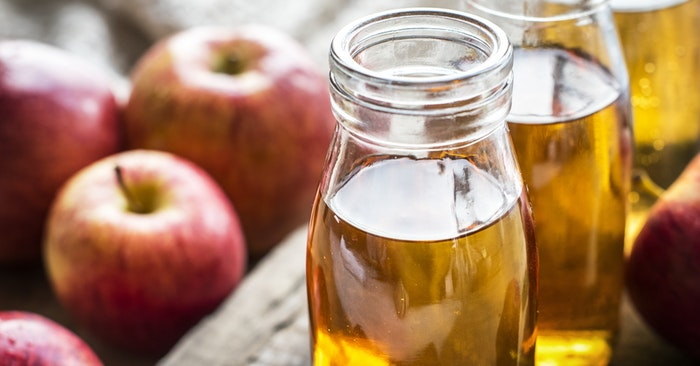 Applied to the skin, this home remedy provides quick pain relief for burns. Apple cider vinegar acts as an anti-inflammatory and antiseptic.