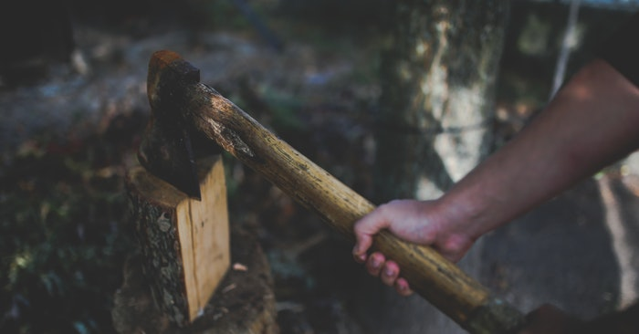 8 Best Axes For Wilderness Survival - This article is a look at 8 of the very best axes for wilderness survival. If this is your thing that sit back and enjoy a look at some of the best axes on the market. Just be careful you don't go overboard!