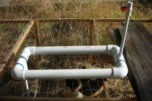 DIY drinking water dispenser for chickens