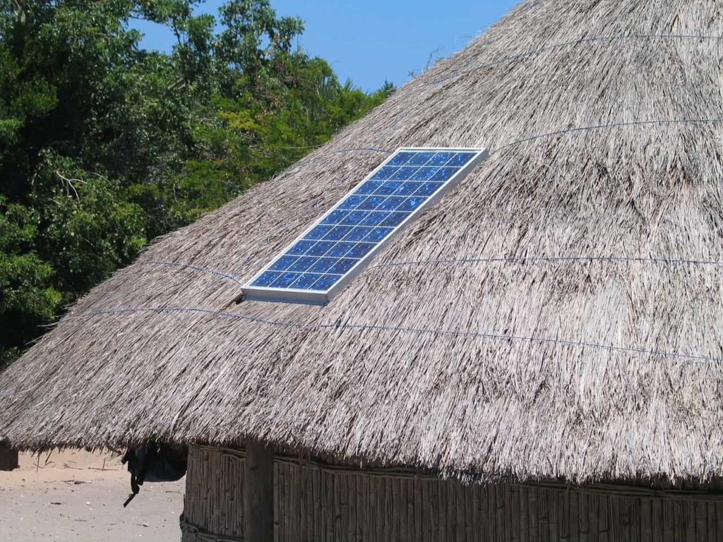 Off grid hut with solar power