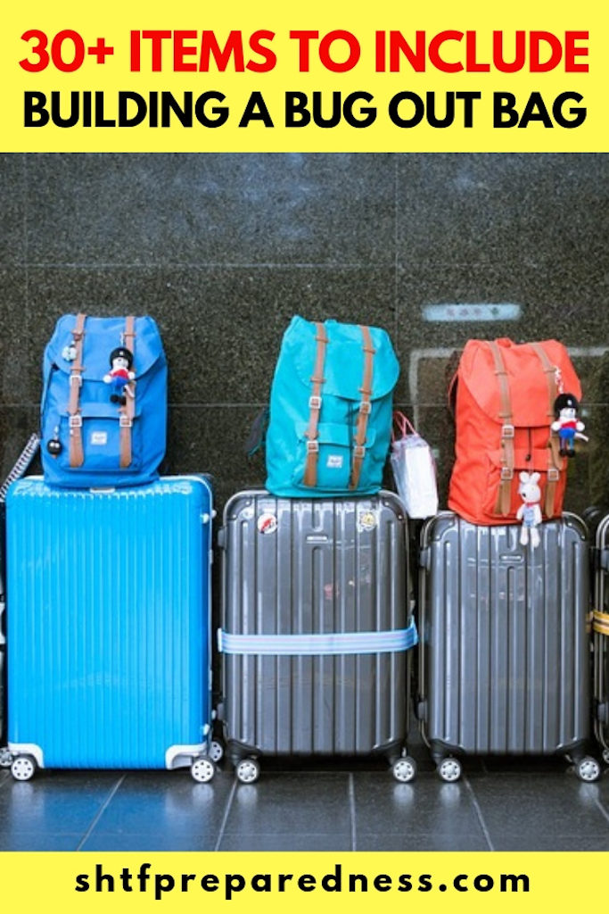 There are situations where many items in your bug out bag may not be appropriate, such as an airport. Here is our list of over 30 TSA approved items to put in your survival kit.