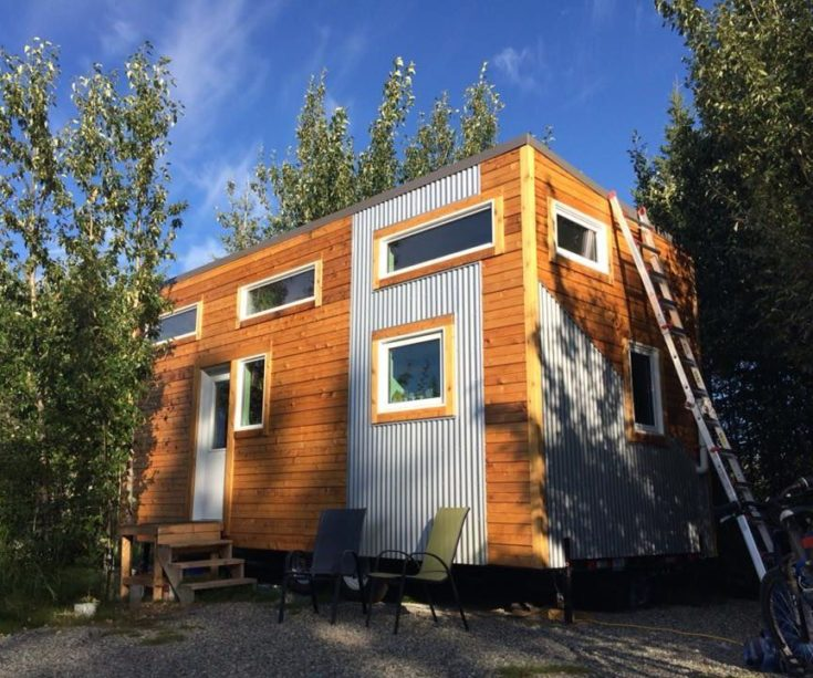 Energy Efficient Tiny House on Wheels