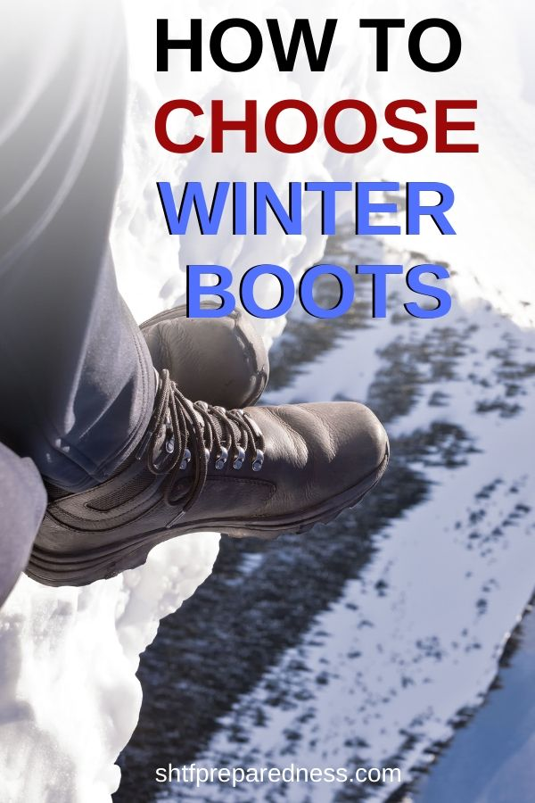 Love hiking and camping in the winter? you'll need to get a good pair of snow shoes to keep your feet dry and warm. Here's how to choose winter boots for harsh weather. #boots #snowboots #winterboots #winterhiking #winter