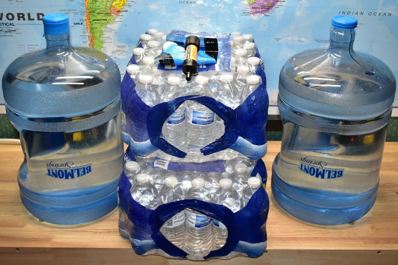 bulk water bottles and containers