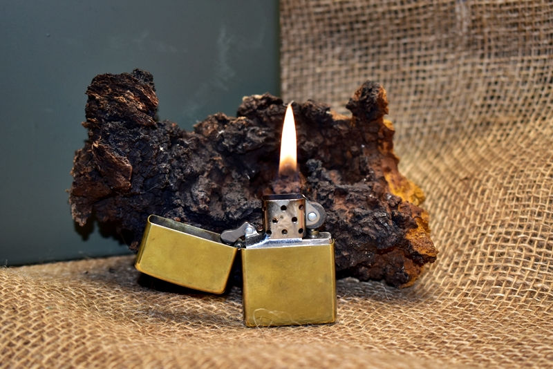 fuel and wick types of lighters