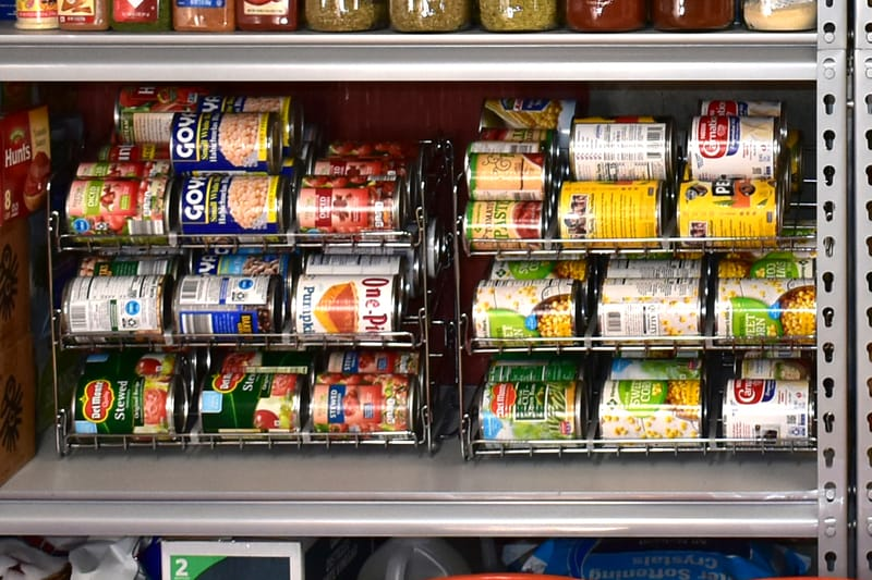 rotating canned storage rack